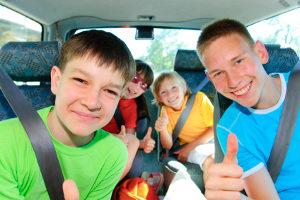 Dem Jugendarbeitsschutzgesetz zufolge haben auch Jugendliche das Recht auf bezahlten Urlaub.