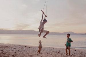 Es gelten andere Regeln für Kinder als für Jugendliche, was den Ausgang angeht.