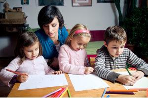 Bei Unsicherheiten können sich besorgte Eltern das Jugendschutzgesetz auch ausdrucken, um nachzulesen.