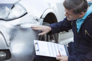 Warum muss ein Kfz-Gutachten nach einem Unfall erstellt werden?
