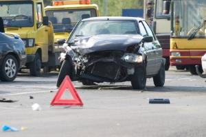 Was tun nach einem Verkehrsunfall? Unfallstelle sichern!