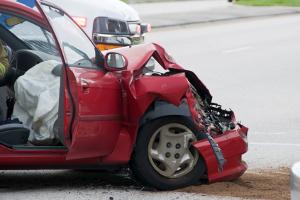 Selbstverschuldeter Unfall: Zahlt die Teilkasko bei einem Unfall mit Eigenverschulden?