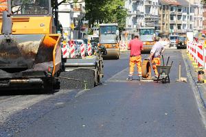 Verkehrssicherungspflicht bei einer Baustelle: Die Verkehrssicherheit muss gewährleistet werden.